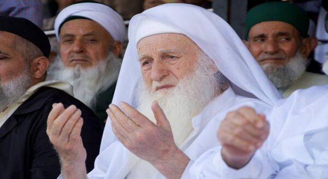 Nimetullah Hocaefendi Hakk'a yürüdü