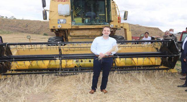 Yeniden Refah Genel Başkanı Fatih Erbakan: Bu şartlar altında üretim yapan çiftçiye madalya takılmalı