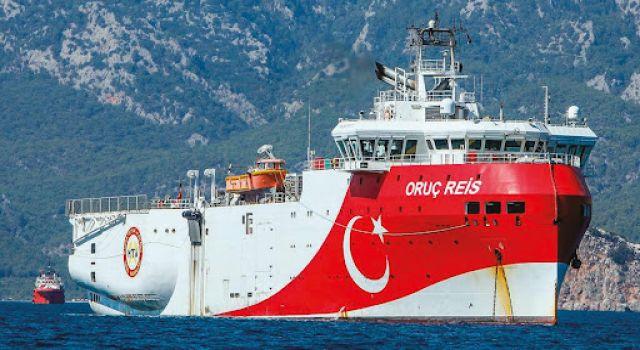 Oruç Reis Yunanistan'ın Mavi Vatan'a girme girişimini engelledi