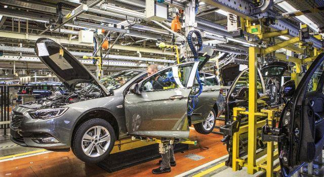 Otomobil devi üretimi durdurdu