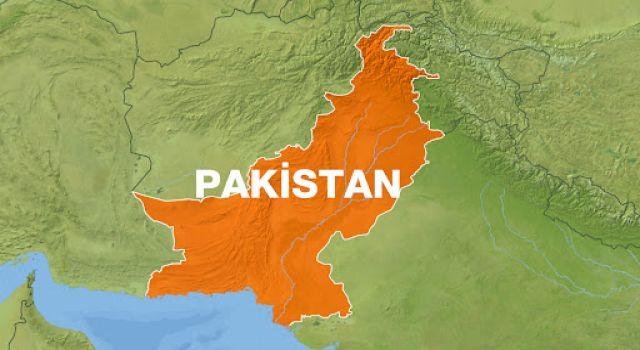 Pakistan'da Şiddetli Deprem