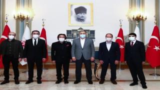 İstanbul Valisi Yerlikaya Tüm Restoranlar ve Turizmciler Derneği bir araya geldi