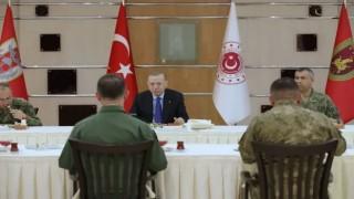 Cumhurbaşkanı Recep Tayyip Erdoğan Askerle ile birlikte İftar Yaptı