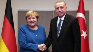 Cumhurbaşkanı Erdoğan, Merkel ile video konferans görüşmesi gerçekleştirdi