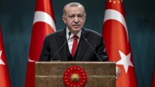 Cumhurbaşkanı Erdoğan, cuma namazı çıkışı açıklamalarda bulundu