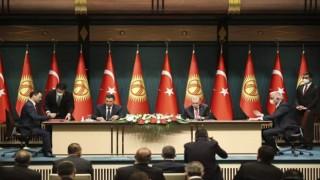 Cumhurbaşkanı Erdoğan, Kırgızistan Cumhurbaşkanı Caparov ile ortak basın toplantısı düzenledi