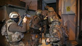 Adana'da DEAŞ operasyonu! Eş zamanlı baskınlar
