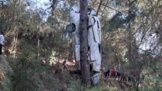 İzmir'de kaza: 6 kişi hayatını kaybetti, 11 kişi yaralandı